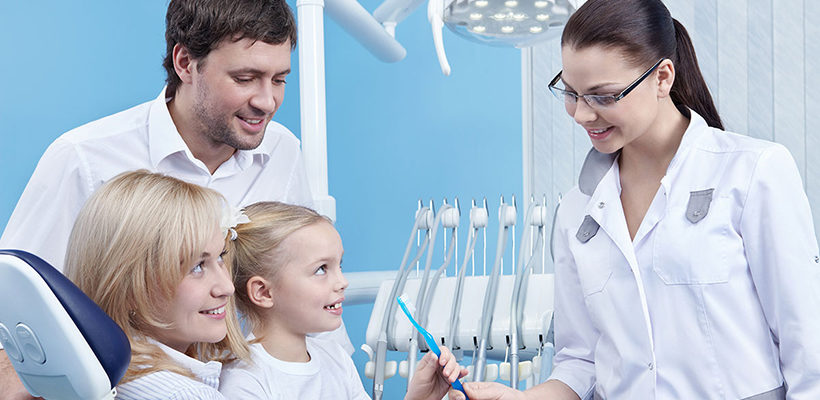 Best Family Dentists in Brampton on How to Care for Ageing Teeth